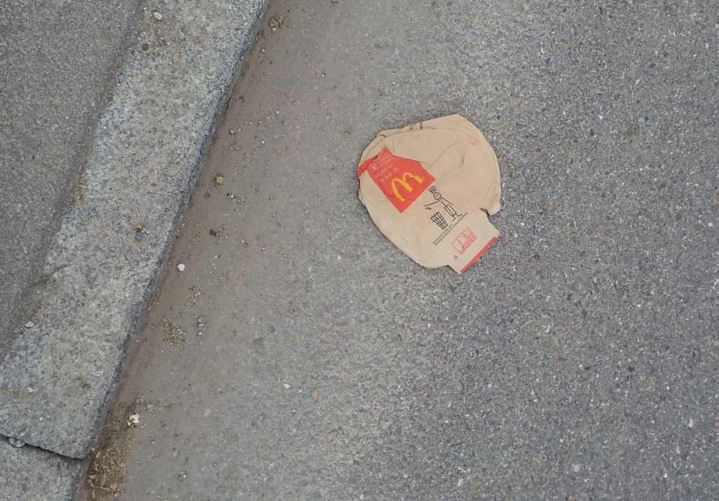 Isn't it ironic? – McDonalds Tüte